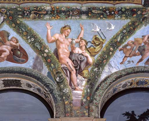 Rome, Villa Farnesina, Loggia of Cupid and Psyche: one vault pendentive depicting Psyche submitting Venus the urn containing the beauty of Proserpine..Fresco by  Giulio Romano on a Raphael's draft (1517-18).