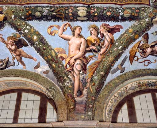 Rome, Villa Farnesina, Loggia of Cupid and Psyche: one vault  pendentive depicting Psiche together with Venus and Juno.Fresco by  Giulio Romano on a Raphael's draft (1517-18).