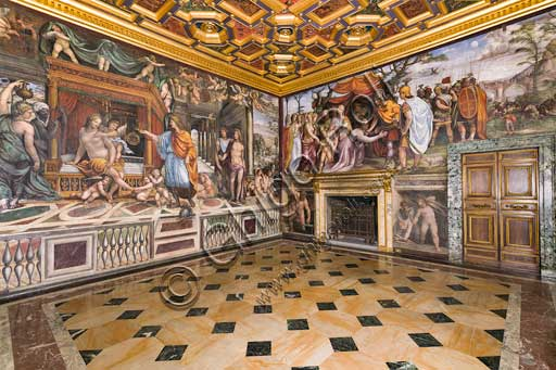 Rome, Villa Farnesina: Alexander's Room (or The Chigi Wedding Room), with stories regarding Alexander the Great. Frescoes by Sodoma (Giovanni Antonio de' Bazzi), 1516-9.