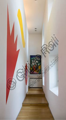 Rovereto, Casa Depero: corridor with stairs.