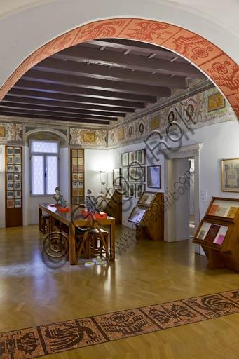 "Rovereto, Casa Depero: room ""Eco della Stampa""."