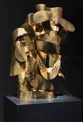 """Museo Novecento: """"Re Salomone"""", di Mirko (Mirko Basaldella), 1960. Scultura in ottone."""