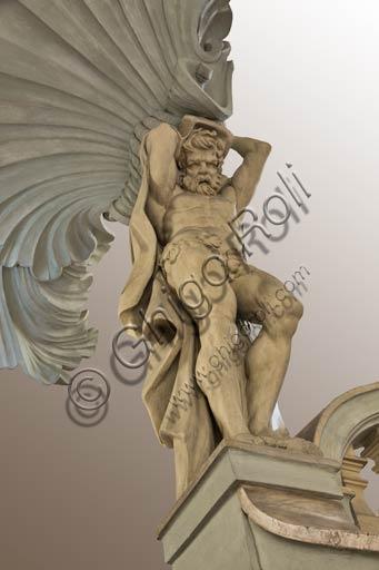 Reggio Emilia, Gucciardi Guidotti Palace: detail of the staircase with a telamon.