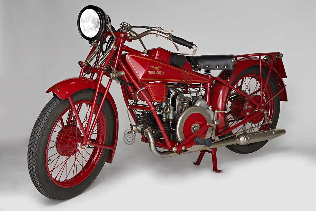 Ancient Motorbike Guzzi Sport 14.