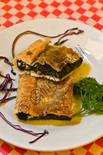 Typical Reggio Emilia recipe: erbazzone (kind of savoury pie).