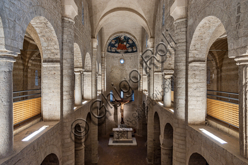Spoleto, St. Euphemia Church: view of the nave and the matronea. 11th and 12 century.