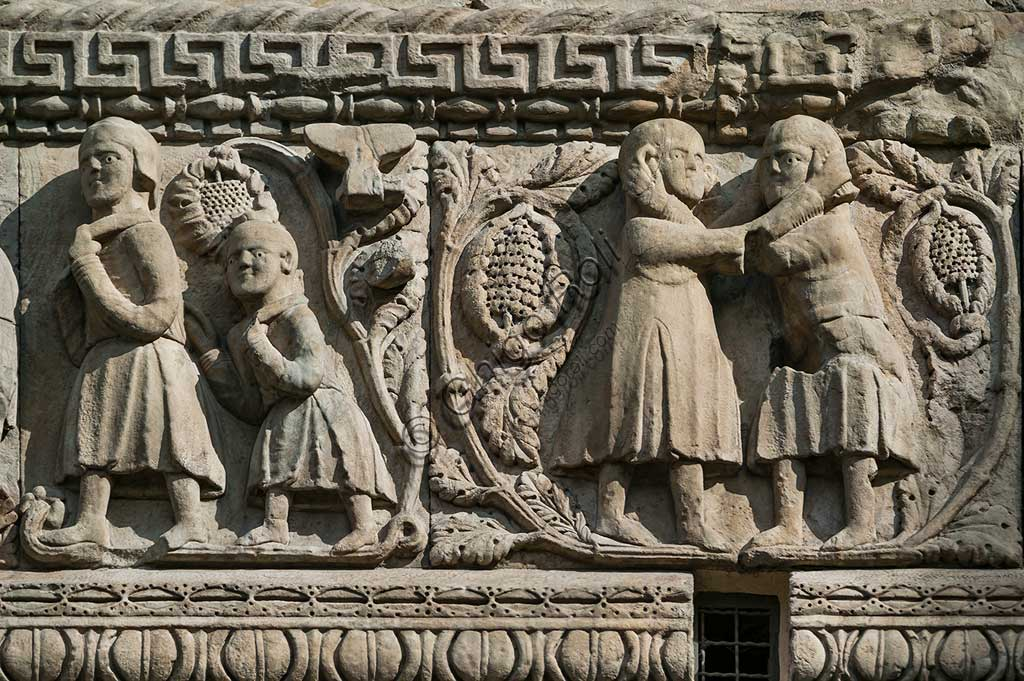 "Fidenza, Duomo (St. Donnino Cathedral), Façade: the bas-relief with Stories of Berta, Milone and Rolandino"", detail. Work by Benedetto Antelami and his workshop."