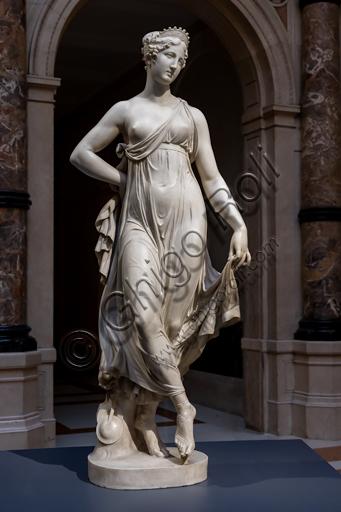 """""""Tersicore danzante (Danzatrice)"""", 1820, di Gaetano Matteo Monti (1776 - 1847), marmo."""