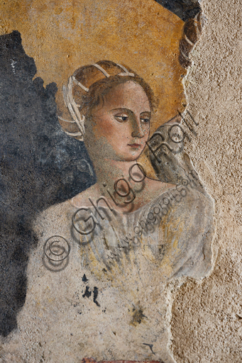"""Spoleto, Rocca Albornoz (Stronghold), Camera Pinta (Painted Room):  detail of frescoes representing courtly and chivalrous subject, Scene of the """"Bathing in the Fountain"""", fresco made by an unknown painter at the middle of the XV century. The frescoes are based on the poem """"Teseida"""" by Boccaccio. Detail representing a beautiful woman."""