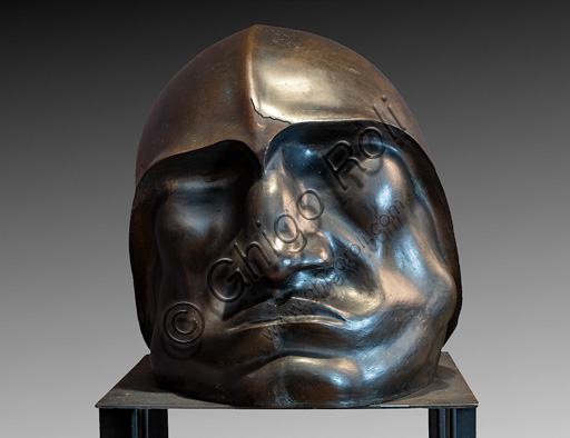 "Fontanellato, Labirinto della Masone, Franco Maria Ricci Art Collection: ""Head of Mussolini"" by Giandante X, head in bronze."