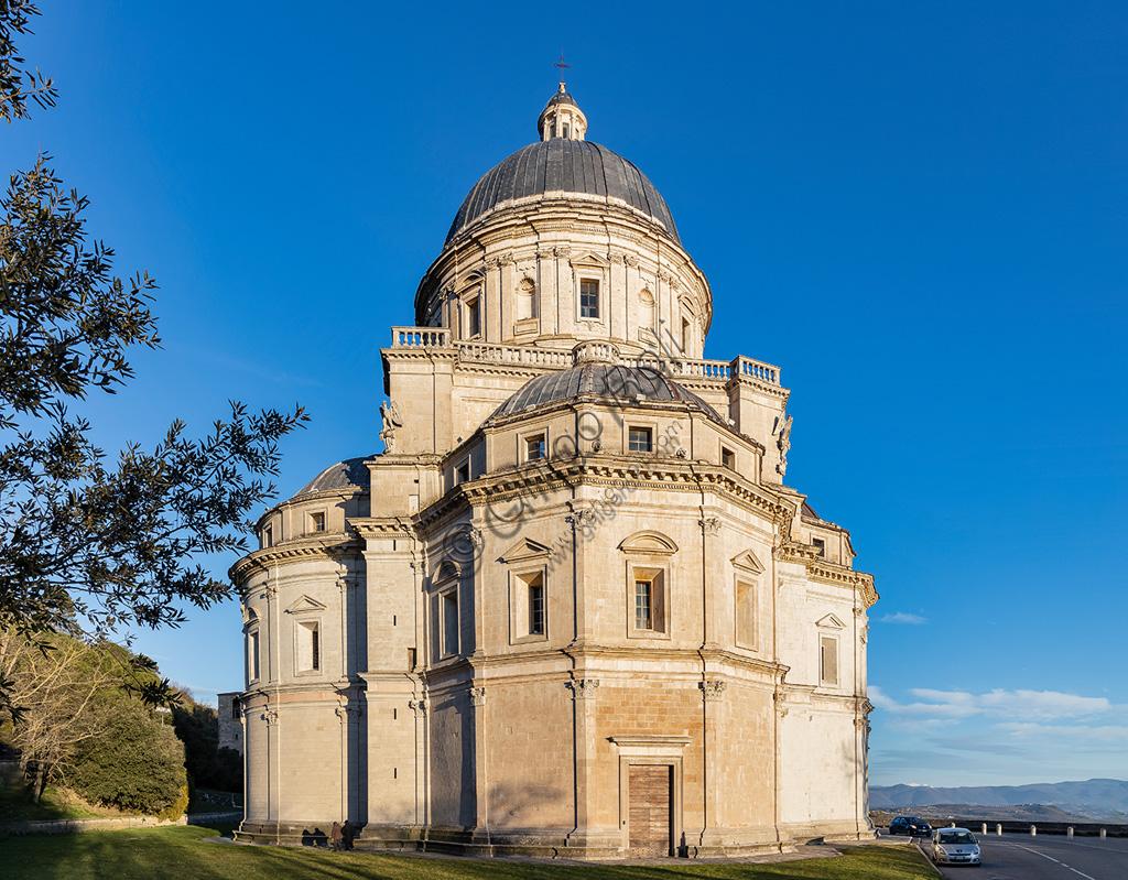 Todi: Temple of Santa Maria della Consolazione, built in the sixteenth century on a possible central plan project by Bramante.