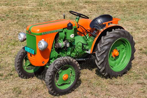 Old Tractor.Make: SAMEModel: Sametto 17Year: 1956Fuel: Diesel oilNumber of Cylinders: 1Displacement:Horse Power: 17 HPCharacteristics:
