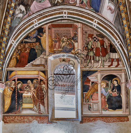 """Foligno, Trinci Palace, the chapel: frescoes by Ottaviano Nelli, realised in 1424. Detail of one wall and of the vault. In the lunette: """"Presentation of Mary"""". On the wall: """"Presentation of Jesus"""" and """"Annunciation""""."""