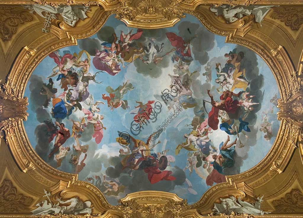 "Turin, the Royal Palace, The Royal Armoury, the Beaumont Gallery, the vault, frescoes about the stories of the Aeneid: ""Venus prays Jupiter to save the Trojans"". Fresco by Claudio Francesco Beaumont, 1737 - 42."