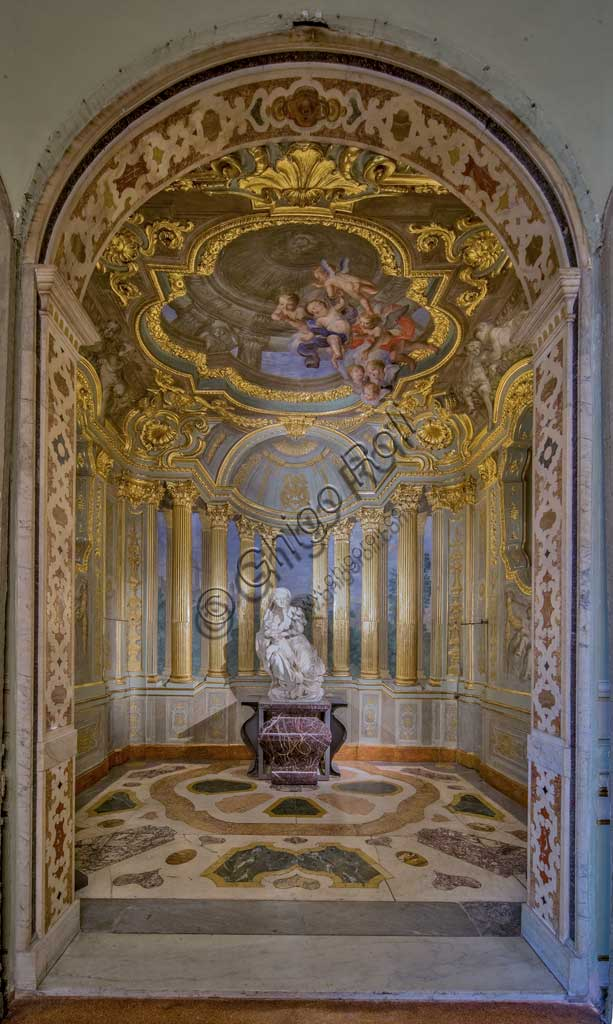 "Genoa, Palazzo Carrega-Cataldi (former Palazzo Tobia Pallavicini): the Chapel, with Rococo frescoes by Lorenzo De Ferrari (1740-44) and ""the Virgin Mary with the Baby"", marble statue by Pierre Puget.World Heritage UNESCO."