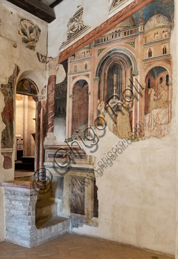 """Foligno, Trinci Palace: the Loggia of Romulus and Remus on the lives of the legendary founders of Rome to whom, the Trinci, ideally wanted to reconnect. The decoration is entrusted to Gentile da Fabriano, the greatest exponent of international Gothic in Italy, with aids (Jacopo Bellini, Paolo Nocchi, Francesco Giambono from Bologna and Domenico da Padova's Battista), and realized the 1411 and 1412 trails. Detail: """"The vestals at the temple""""."""