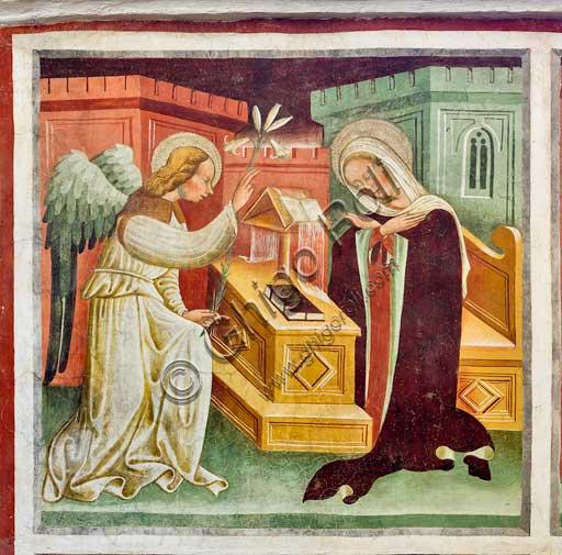 """Clusone, Oratorio dei Disciplini o di San Bernardino, interno, affreschi sulla """"Vita di Gesù"""" (1471),  dell'artista clusonese Giacomo Borlone De Buschis: L'annunciazione."""