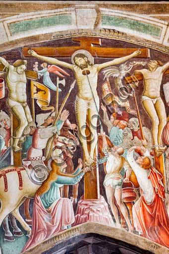 """Clusone, Oratorio dei Disciplini o di San Bernardino, interno, affreschi sulla """"Vita di Gesù"""" (1471),  dell'artista clusonese Giacomo Borlone De Buschis: la Crocifissione. Particolare"""