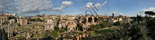 Rome: orbicular view from the Palatine hill over the Roman Forum.Left: the Capitolium. Right: the Colosseum.