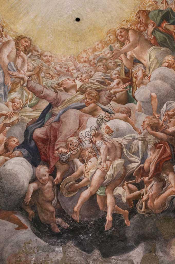 """Parma, Duomo (Cattedrale di Santa Maria Assunta), cupola:  """"Assunzione della Vergine"""", affrescata tra il 1526 e il 1530 Antonio Allegri, detto il Correggio. Particolare con la Madonna tra Adamo ed Eva."""
