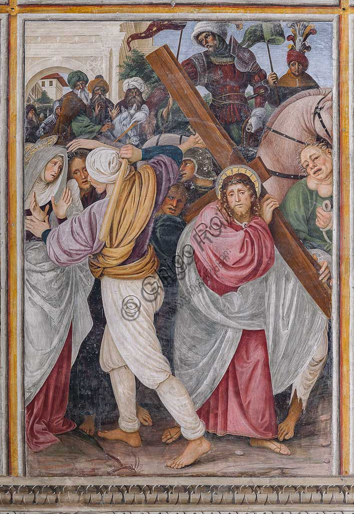 "Varallo Sesia, Church of Santa Maria delle Grazie: frescoes of the Gaudenzio Ferrari wall ""The life and the Passion of Christ"", by Gaudenzio Ferrari, 1513. Detail of ""The Ascento fo Calvary""."