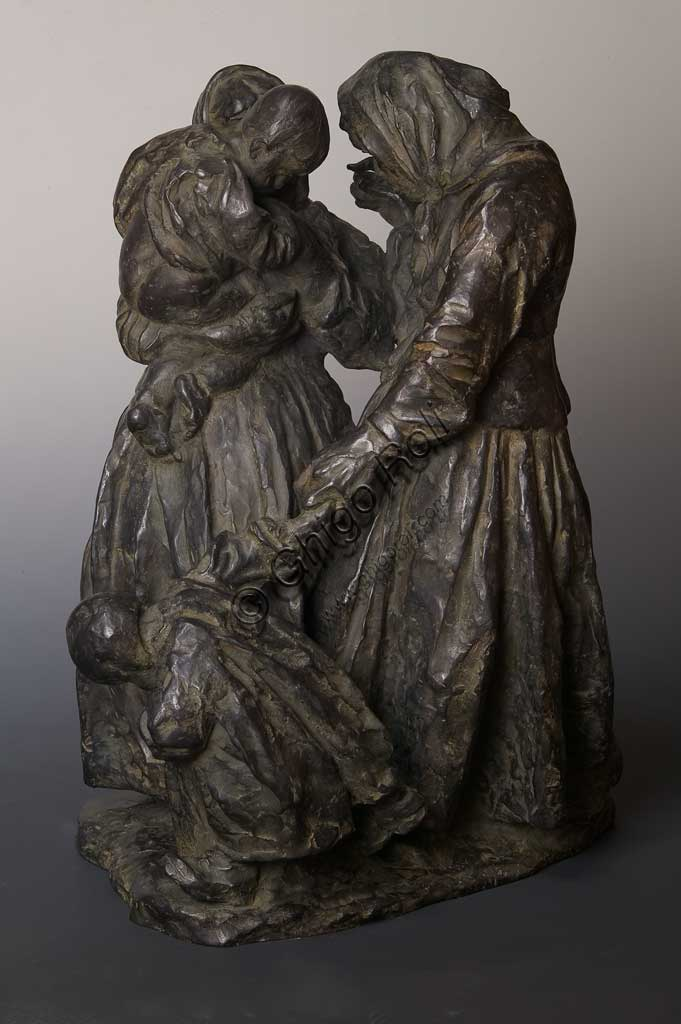 "Assicoop - Unipol Collection: ""Women gossiping"", bronze statue, by Giuseppe Graziosi (1879 - 1942)."