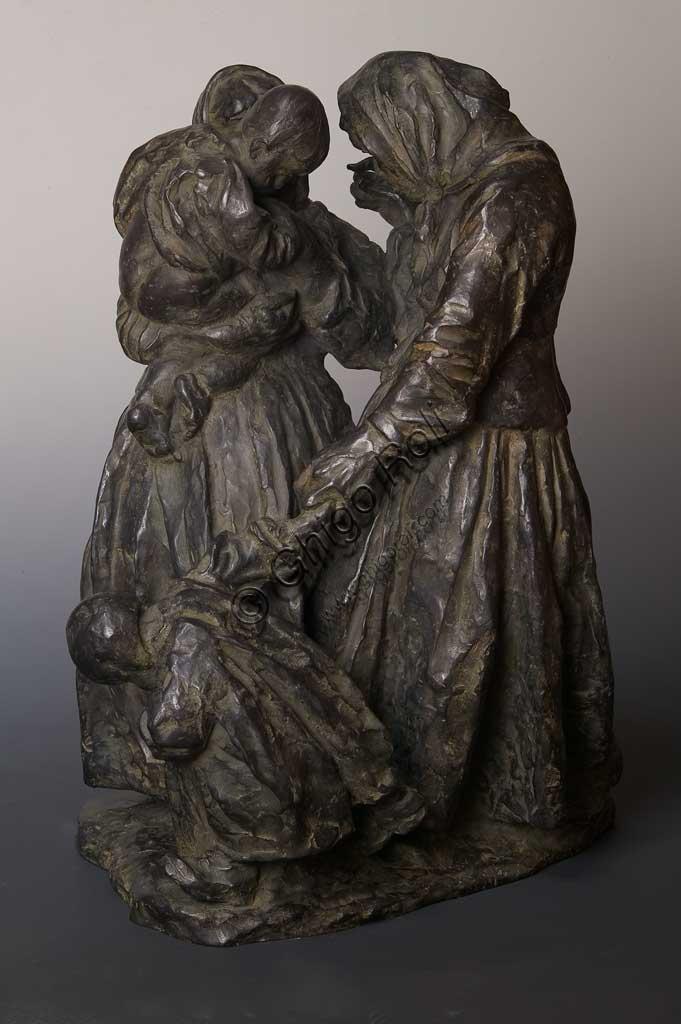 """Collezione Assicoop - Unipol: """"Le pettegole"""", bronzo, di Giuseppe Graziosi (1879 - 1942)."""