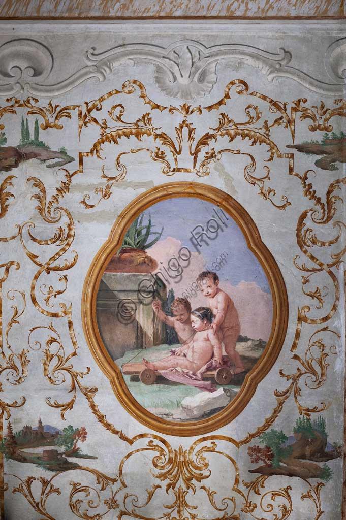 """VIicenza, Villa Valmarana ai Nani, Foresteria, Stanza dei Putti, medaglione con putti: """"Tre putti e un carrettino"""",  di Giandomenico Tiepolo, 1757."""