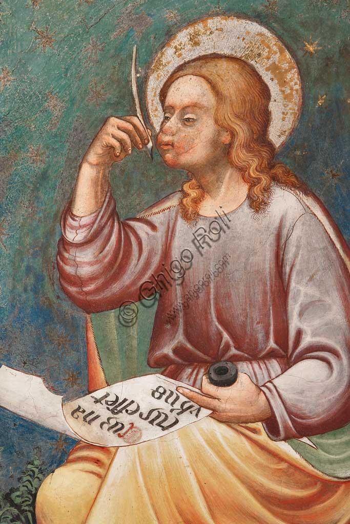 """Rocca di Vignola, Cappella Contrari, parete meridionale: """"L'Evangelista Matteo"""" che scrive """"Cum natus esset Yhesus"""", affresco del Maestro di Vignola, anni Venti del Quattrocento. Particolare."""