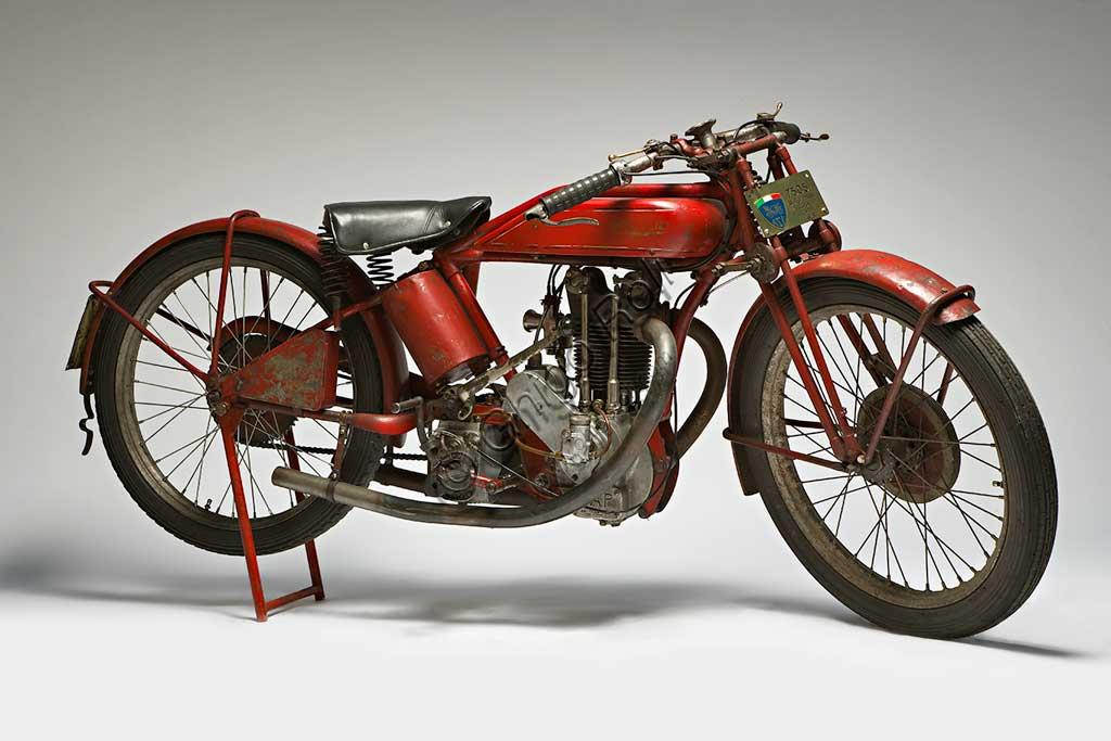 Ancient Motorbike Motopiana Tipo Corsa 250.