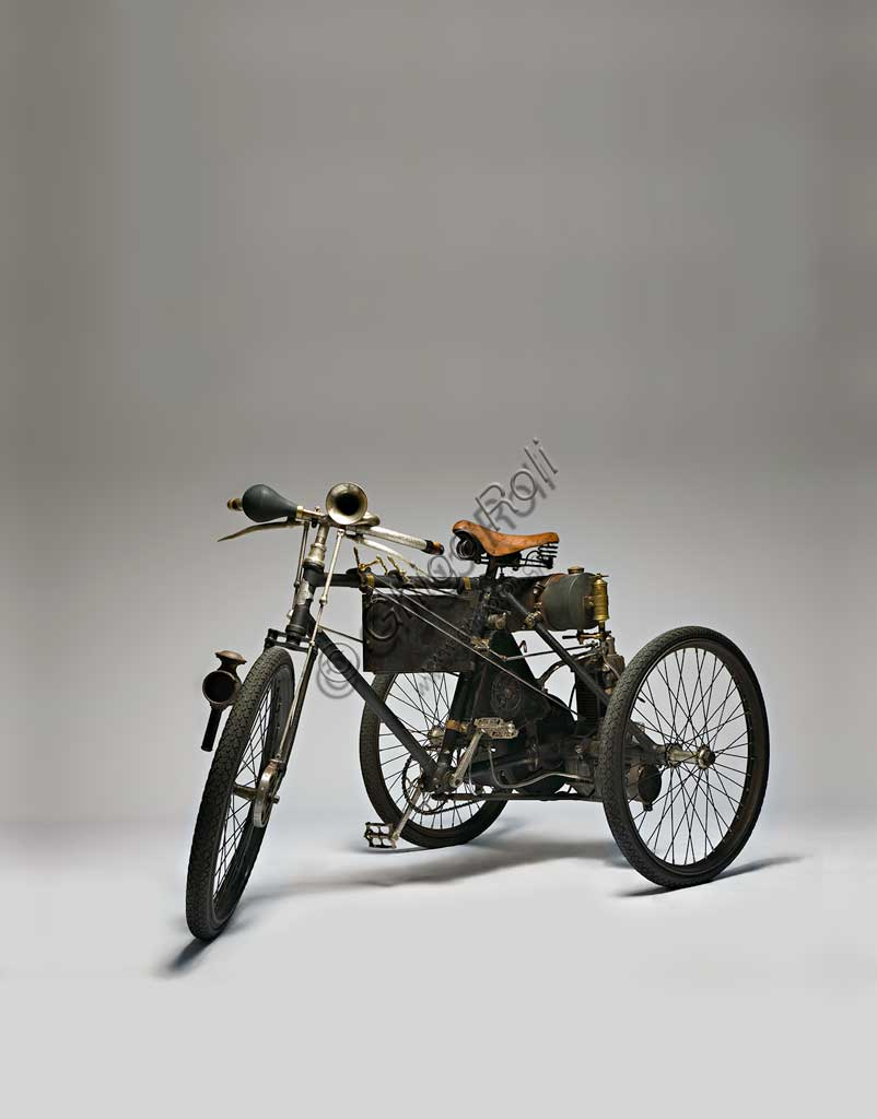 Ancient Motorbike Perfecta Triciclo tipo Corsa.