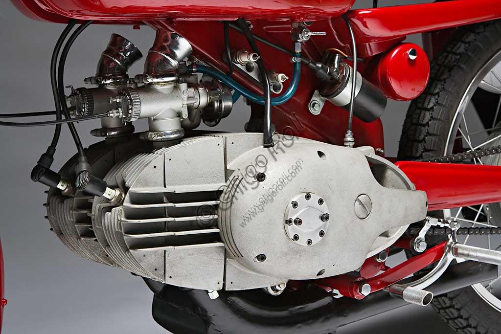 Ancient Motorbike Motobi Gran Sport 250 GSS. Engine.