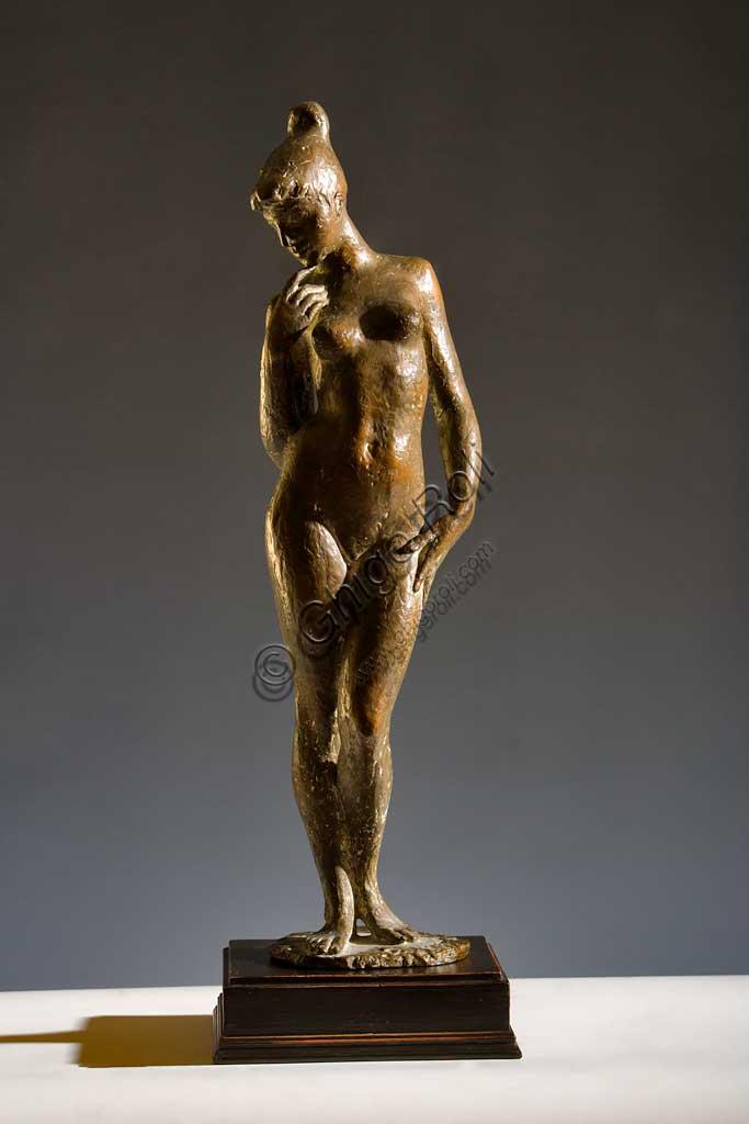 """Collezione Assicoop - Unipol: Carlo Baraldi (1860-1935), """"Nudo femminile in piedi"""". Bronzo, h cm 64."""