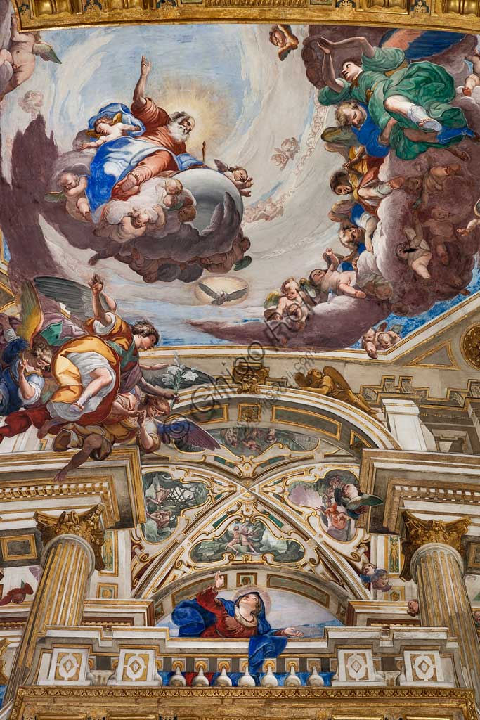 Genoa, Basilica of SS. Annunziata del Vastato, apse, the choir apse basin with illusionistic architecture, scenes of the Life of Mary the Virgin: the Annunciation. Fresco by Giulio Benso, 1637-38.