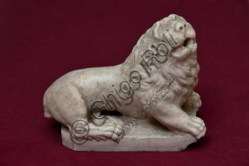 Palermo, Palazzo Reale o Palazzo dei Normanni, Torre Joharia, Sala dei Venti: leone in marmo di epoca normanna.