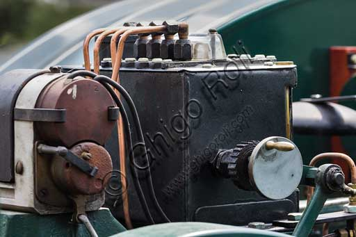 Trattore d'epoca. Particolare.Marca: Hart Parr Modello: 18/36Anno: 1920 circaAlimentazione: petrolio e/o benzinaNumero cilindri: 2Cilindrata: circa 7/8.000 ccPotenza: CV 18 alla ruota e 36 alla trazioneCaratteristiche: unico modello completo in Europa