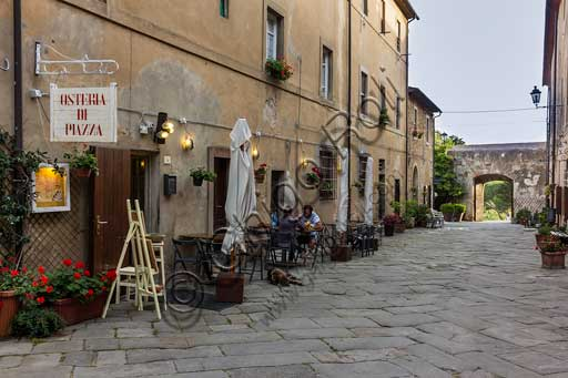 Osteria (small restaurant) in the main street of Populonia.