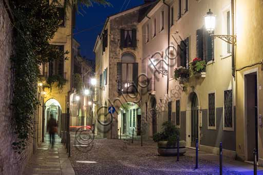 Padua: night view of S. Gregorio Barbarigo street in the historic town centre.