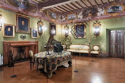 Fontanellato, Rocca Sanvitale: living room.